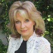 Suzanne Niles